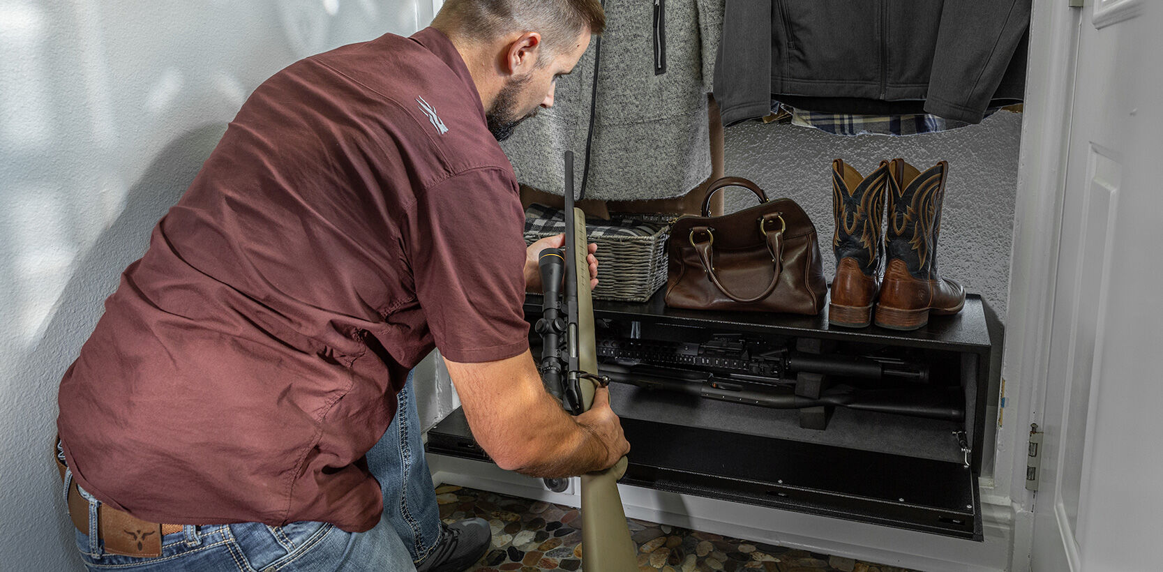 Slide number 2 Store up to threerifles in the newAR GUNLOCKER XL The fully enclosed design of our AR Gunlocker XL provides convenient, tamper-proof security for up to three tactical length rifles.  Find Out More