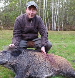 3 shots in 2.21 seconds on a boar - Marlin 45-70 and Hornady LEVER Evolution